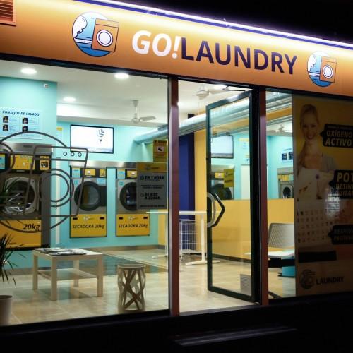 pagina web, publicidad y papeleria realizada para Go Laundry por la agencia de comunicación Bendito Dilema