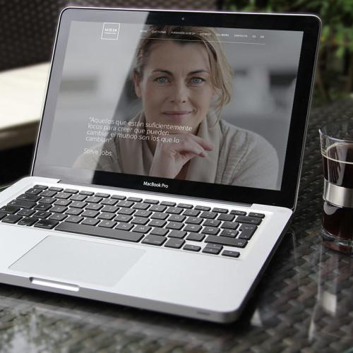 La Agencia de comunicación Bendito Dilema ha sido la encargada de crear y diseñar la página web de Fundación 16 de 24